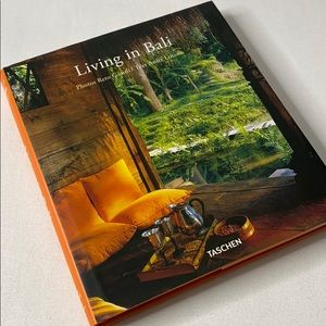 TASCHEN coffee table Book - Living in Bali